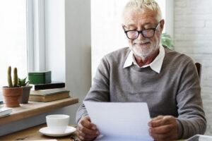 letter, senior reading